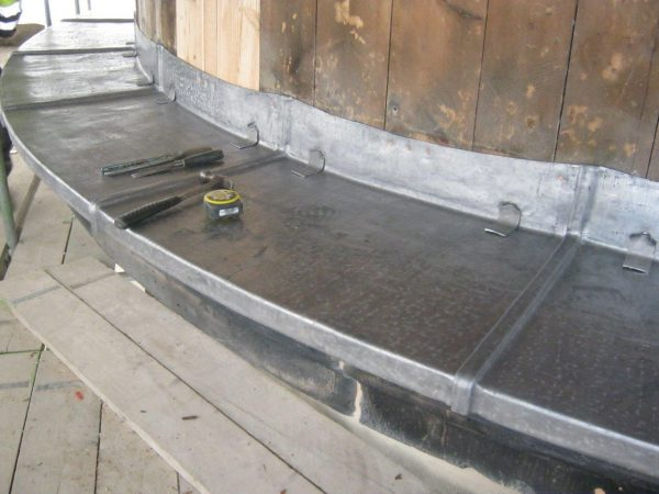 New lead being laid